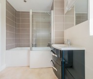 Modern family bath/shower room